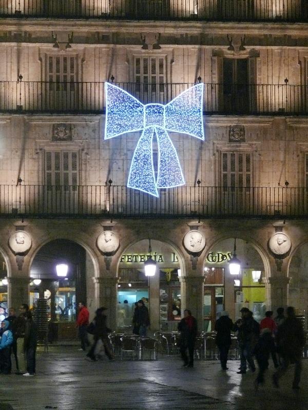 Lazo de LED en la plaza